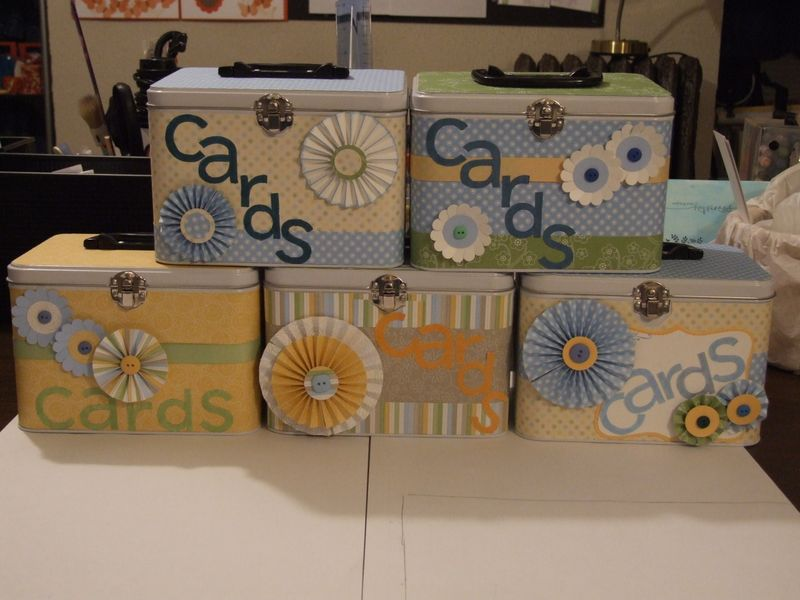 Lunch tins for card club